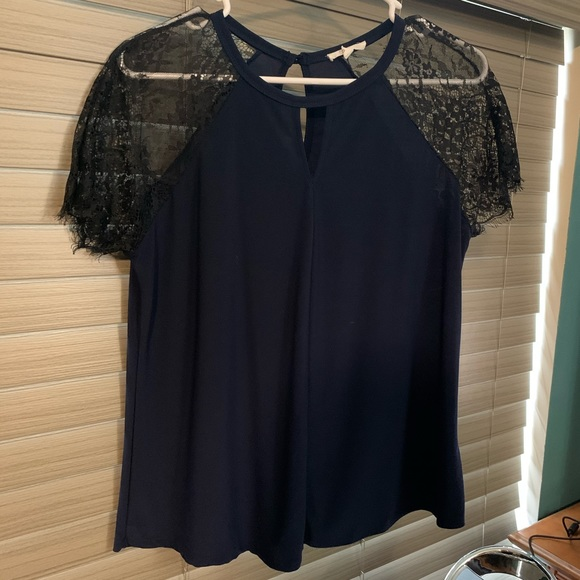 Maurices Tops - Maurice's size 0 navy blouse